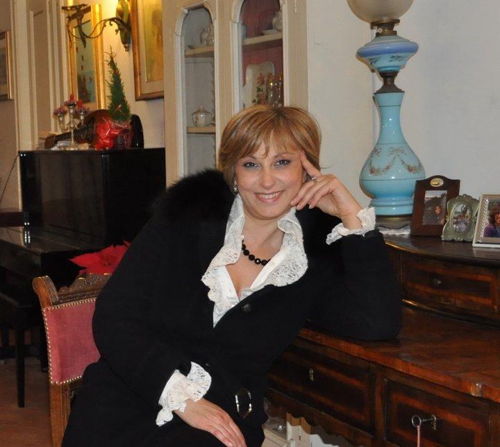 Angela-Lombardo-pres.-Mea-Lux