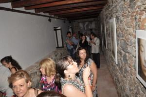 Una delle sale con i quadri di Stefania Orrù