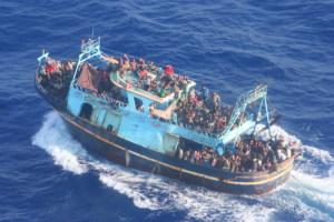 Peschereccio con migranti