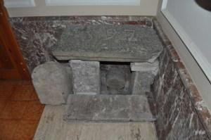 Soglia lavica datata 597 a.c. dell'antico santuario