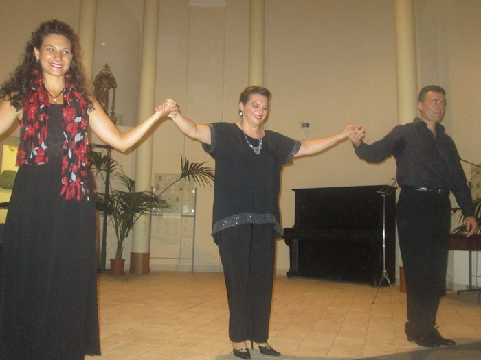 A zafferana ennesimo successo del soprano giusy di mauro for Di mauro arredi zafferana