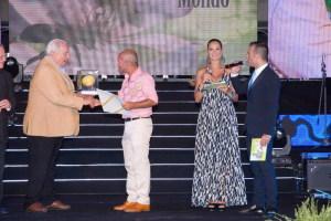 Premio a l'imprenditore Dario Dezio