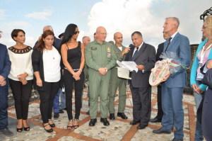 La consegna della Cittadinanza all'Aeronautica Militare