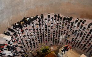 I Vini pregiati nell'enoteca della cisterna romana