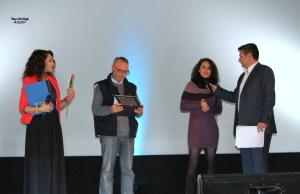 La consegna del premio a Oriana Civile