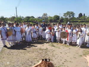 Il gruppo degli alunni al Parco di Naxos