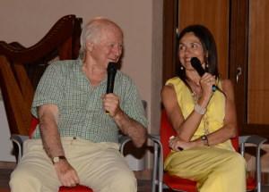 Il prof. Hobson e la dott.ssa Rosalia Silvestri che ha fatto da interprete