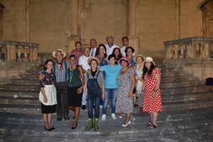 L'avv. Silvana Paratore assieme alla Compagnia Cameris Theater Company
