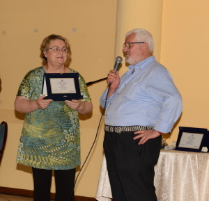 L'Assessore Grillo di Motta Camastra premia Giovanni Peluso