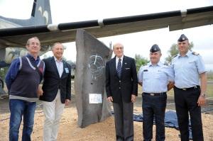 La cerimonia nei pressi del monumento dei caduti del 41° Stormo