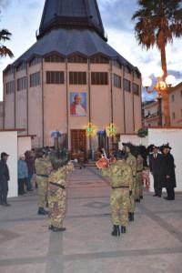 I bersaglieri nella piazza antistante la chiesa dell'Immacolata