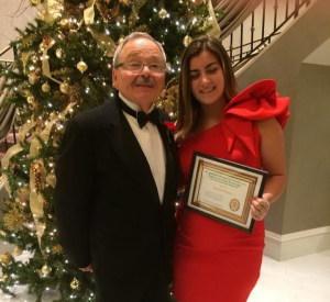 Enzo Amara con  Valentina Russo, con il premio offerto dal Club/LANZEROTTA Family Scholarship.