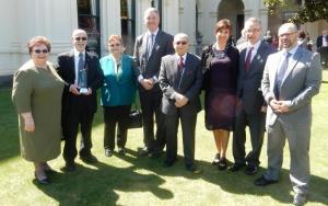Con il ministro degli Affari degli Anziani Martin Foley, con Pauline e John-Paul, ed alcuni membri della  famiglia, ospiti di D'Amico