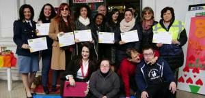 La foto di gruppo con i premiati e gli organizzatori