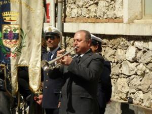Il trombettiere suona il silenzio
