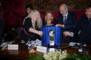 La consegna del Premio Virdimura