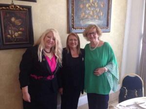 La Prof. Cristina Tornali e la Prof. Luigia Melillo  con la Presidente