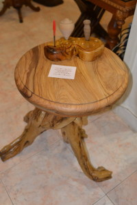Piccolo tavolo e portapenne