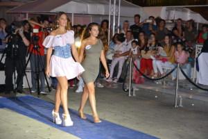 La vincitrice Elisa Leonardi in una delle sfilate della kermesse