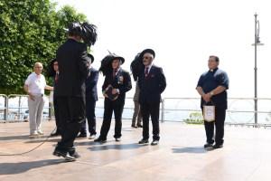 La Consegna dei gagliardetti dell'Ass. Mediterraneo in Piazza Municipio