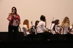 L'Avv. Silvana Paratore presenta il concerto