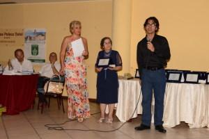 Da sin. Angela Lombardo Presidente dell'Ass. Mea Lux, Nunzia De Cola e Marcus-Tullius-Loureiro medico brasiliano premiato in una passata edizione del Concorso