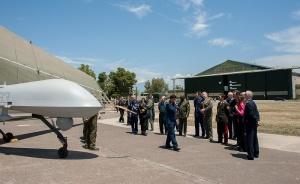 La visita degli addetti militari