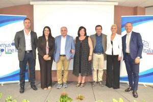La foto con i relatori del convegno