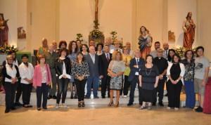 Foto di gruppo con i partecipanti, gli organizzatori e i giurati