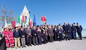 """I partecipanti alla cerimonia del Centenario """"Combattenti e Reduci"""""""