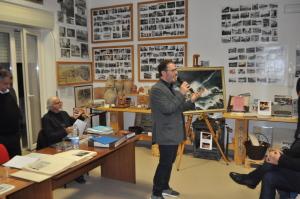 Gianni Bucolo introduce la serata e presenta gli ospiti