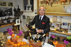 Salvatore Ferrara prepara i cocktail