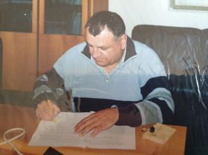 Lo Turco firma il comodato uso per il presepe di Azzolina  e di Vanadia