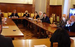 La delegazione che ha consegnato il documento programmatico al Ministro