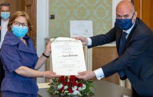 La cerimonia di consegna del titolo alla dott-ssa Agata Polonia