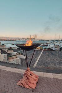 Il tripode  con il sacro fuoco