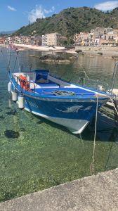 Una delle barche del Porticciolo Saia