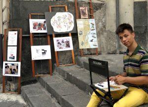 Lo studente Alin e le sue opere
