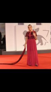 Guia Jelo sul red carpet a Venezia